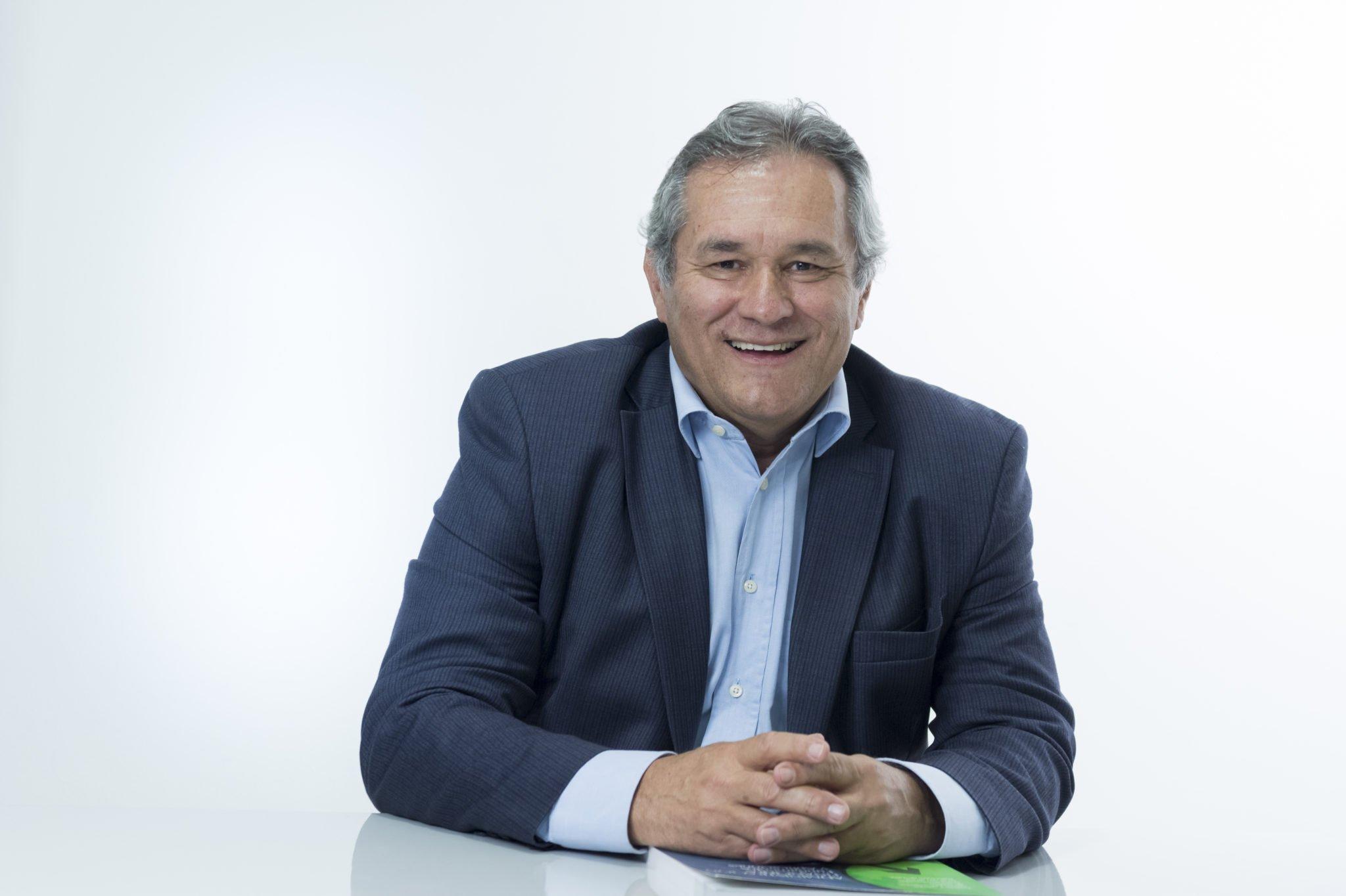 Oscar León García S.